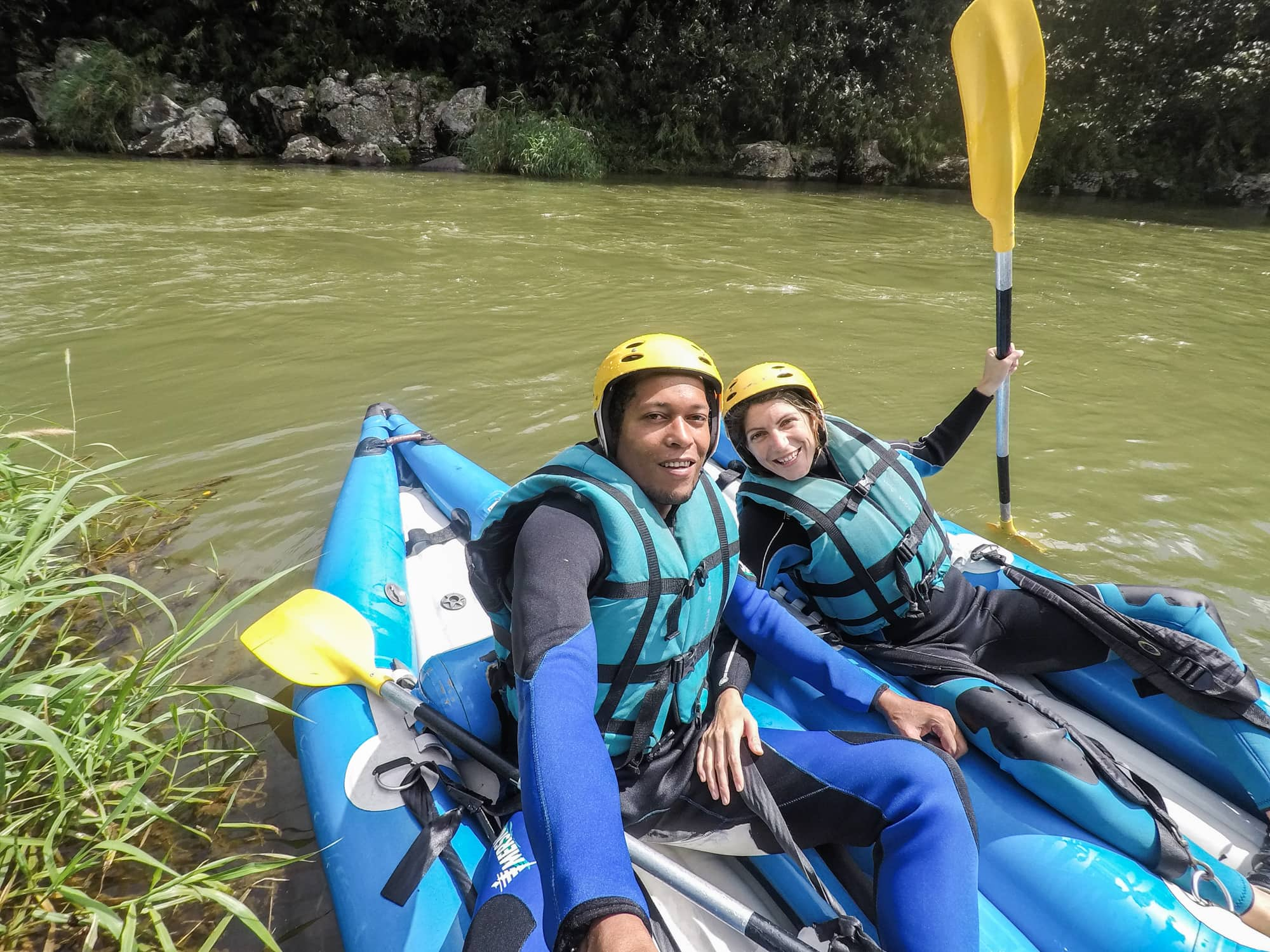 Faire du kayak raft dans l'est de l'ile de la Réunion