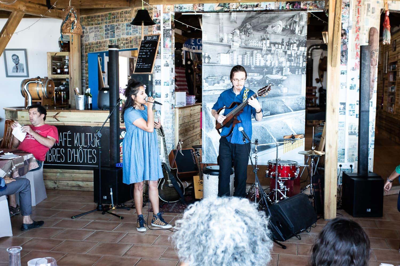 Le zinzin à Grand Bois, un moment hors du temps lors du cabaret Pounia